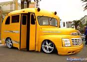 Main thumb 009 yellow bus