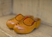 Main thumb wooden clogs cc nokton